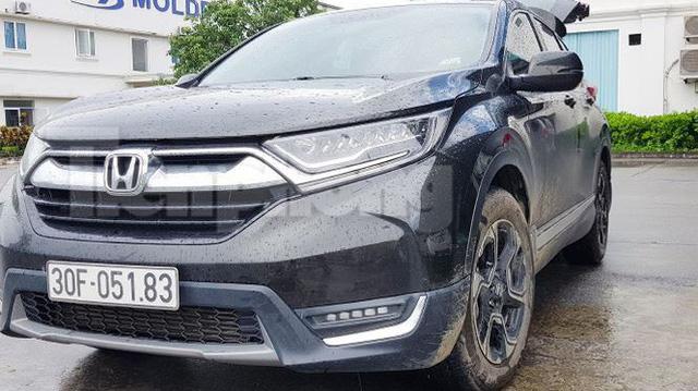 Khách hàng phản ánh Honda CR-V 2018 bị gỉ sét sau vài tháng lăn bánh