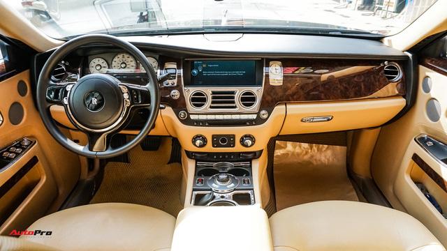 Chi tiết Rolls-Royce Ghost bán lại với giá gần 11 tỷ đồng tại Hà Nội - Ảnh 7.