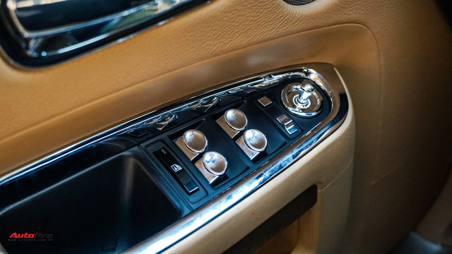 Chi tiết Rolls-Royce Ghost bán lại với giá gần 11 tỷ đồng tại Hà Nội - Ảnh 8.
