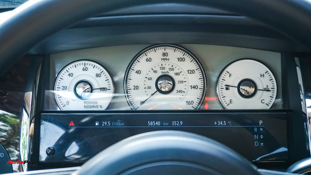 Chi tiết Rolls-Royce Ghost bán lại với giá gần 11 tỷ đồng tại Hà Nội - Ảnh 10.