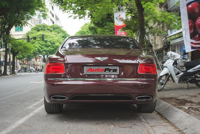 Bentley Continental Flying Spur màu lạ - Xe siêu sang cho đại gia Việt thích hàng độc - Ảnh 11.