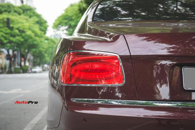 Bentley Continental Flying Spur màu lạ - Xe siêu sang cho đại gia Việt thích hàng độc - Ảnh 13.