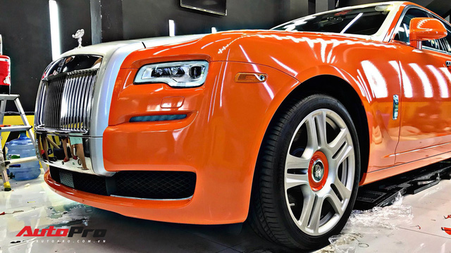 Rolls-Royce Ghost màu cam đầu tiên Việt Nam của đại gia Sài Gòn