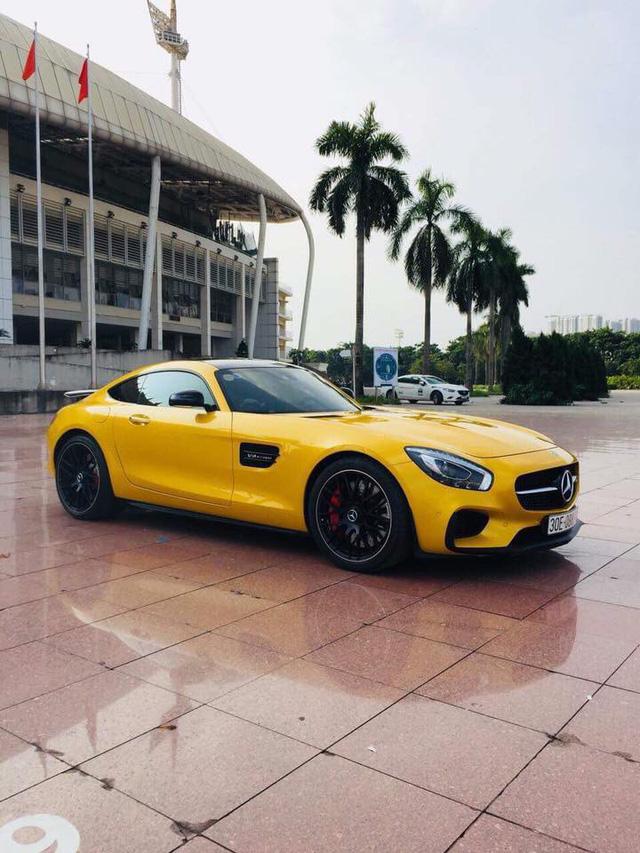 Nữ đại gia Hải Phòng bán Mercedes-Benz AMG GT-S Edition 1 màu vàng độc nhất Việt Nam sau 5.000 km - Ảnh 2.