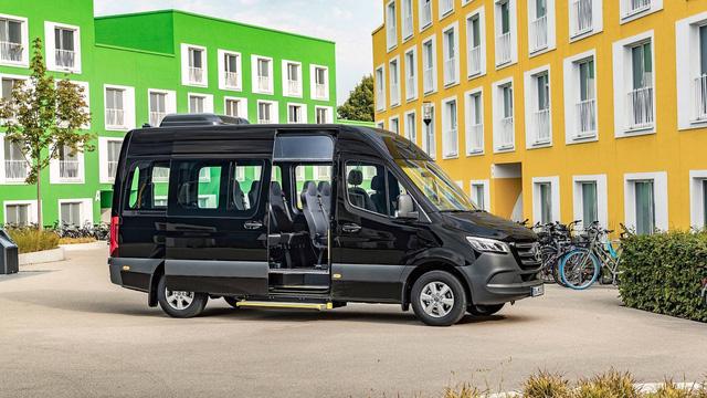 Ra mắt Mercedes-Benz Sprinter mới với 20 cấu hình