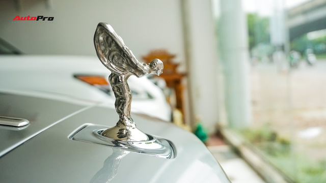Lên sàn xe cũ, Rolls-Royce Ghost vẫn đắt ngang 2 chiếc Mercedes-Benz S-Class đập hộp - Ảnh 3.