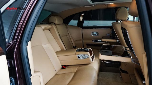 Lên sàn xe cũ, Rolls-Royce Ghost vẫn đắt ngang 2 chiếc Mercedes-Benz S-Class đập hộp - Ảnh 12.