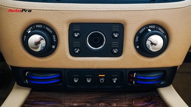 Lên sàn xe cũ, Rolls-Royce Ghost vẫn đắt ngang 2 chiếc Mercedes-Benz S-Class đập hộp - Ảnh 10.
