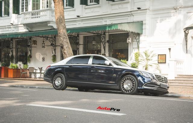 Đại gia Hà thành sắm Mercedes-Maybach S560 4Matic đầu tiên Việt Nam - Ảnh 2.