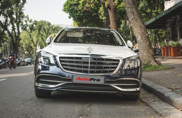 Đại gia Hà thành sắm Mercedes-Maybach S560 4Matic đầu tiên Việt Nam - Ảnh 3.