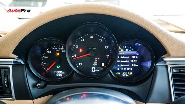 Sau 20.000 km, Porsche Macan hạ giá còn 2,8 tỷ đồng - Ảnh 11.