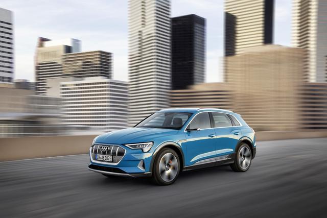 Audi E-Tron ra mắt toàn cầu tại San Francisco, khởi động giai đoạn cạnh tranh đầy khốc liệt mới - Ảnh 7.
