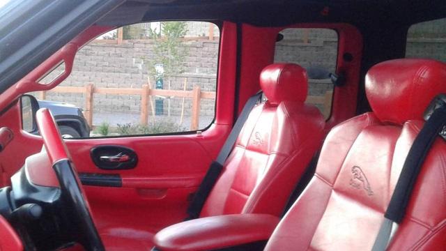 Bán tải Ford F-150 độ... Jaguar rao bán hơn 160 triệu đồng - Ảnh 3.