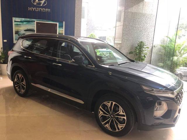Hyundai Santa Fe thế hệ mới xuất hiện tại Hà Nội trước thời điểm ra mắt - Ảnh 2.