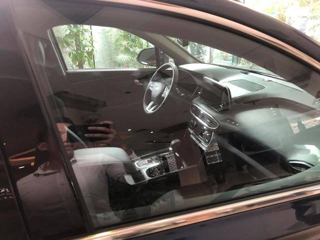 Hyundai Santa Fe thế hệ mới xuất hiện tại Hà Nội trước thời điểm ra mắt - Ảnh 3.