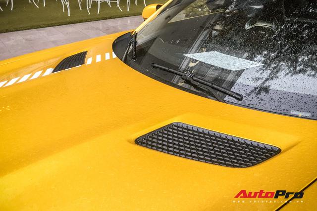 Nữ đại gia Sài Gòn đeo biển cho Mercedes-AMG GT S màu vàng đầu tiên tại Việt Nam - Ảnh 18.