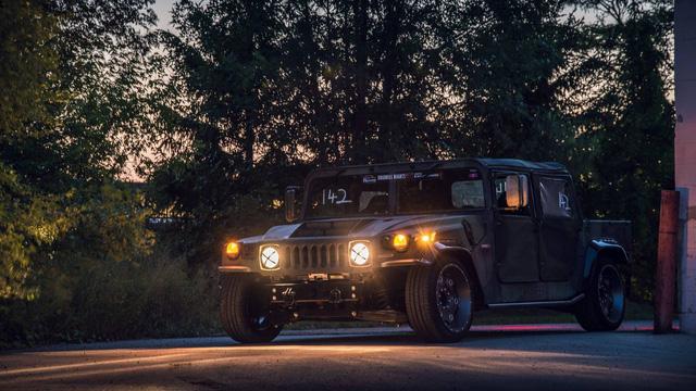 Mil-Spec Hummer H1 Track Titan: Quái vật 900 mã lực trên đường đua - Ảnh 5.