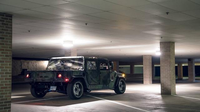 Mil-Spec Hummer H1 Track Titan: Quái vật 900 mã lực trên đường đua - Ảnh 4.