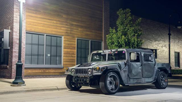 Mil-Spec Hummer H1 Track Titan: Quái vật 900 mã lực trên đường đua - Ảnh 1.