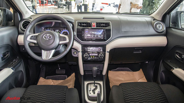 Đánh giá nhanh Toyota Rush: Vừa đủ để gây áp lực lên Xpander - Ảnh 7.