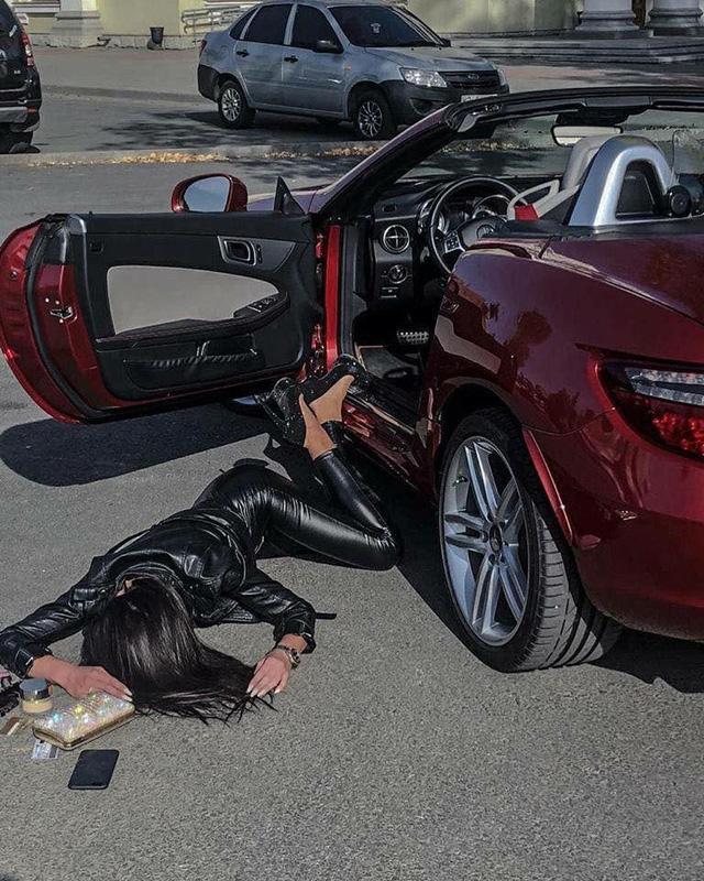 Ngã sấp mặt cùng siêu xe: Hot trend mới của hội con nhà giàu thế giới - Ảnh 15.