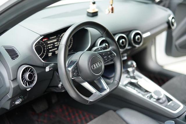 Lăn bánh chưa tới 8.000 km, Audi TT 2016 lên đường tìm chủ mới - Ảnh 4.