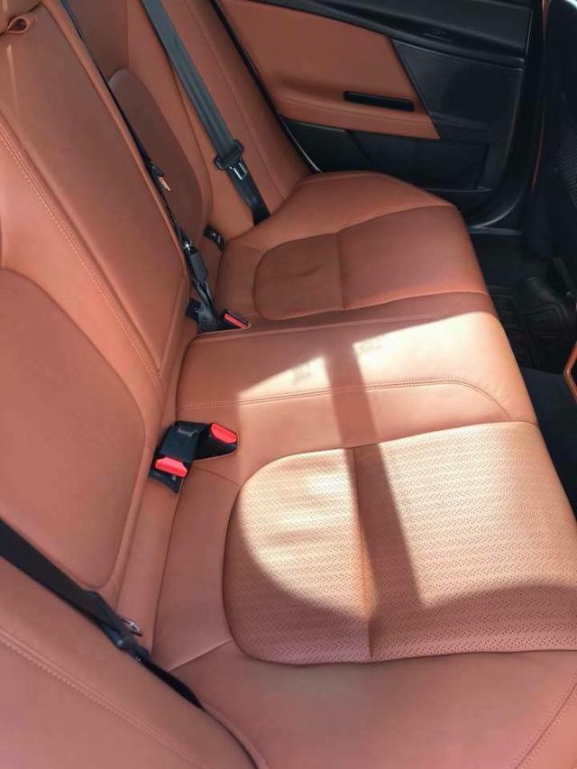 Jaguar XE Porfolio 3 năm tuổi bán lại ngang giá Mercedes-Benz C-Class mới - Ảnh 5.