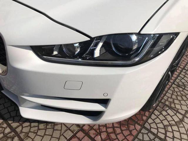 Jaguar XE Porfolio 3 năm tuổi bán lại ngang giá Mercedes-Benz C-Class mới - Ảnh 2.