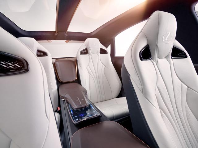 Lexus hé lộ chủ lực bí ẩn mới, liệu có phải LF-1? - Ảnh 4.
