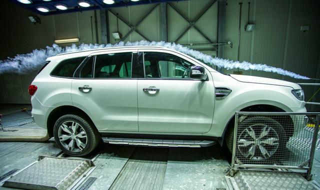 Kỹ sư Ford muốn tháo gương chiếu hậu ô tô để tiết kiệm nhiên liệu - Ảnh 2.