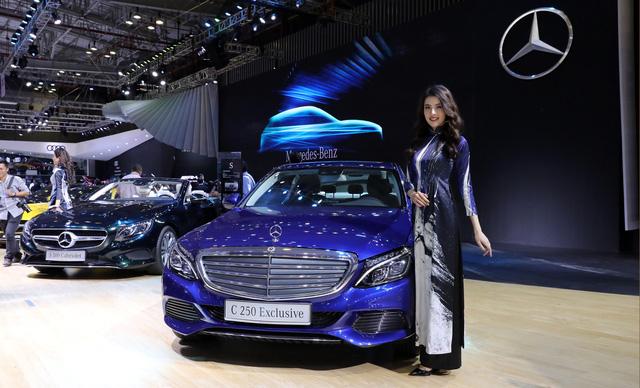 """Mercedes-Benz là """"hãng xe sang bán chạy nhất Việt Nam năm 2017"""" - Ảnh 2."""