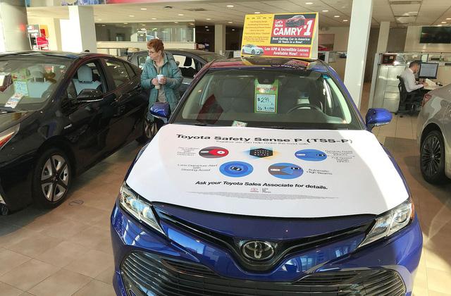 Toyota và cú chốt hạ để bảo vệ ngôi vương của Camry - Ảnh 2.