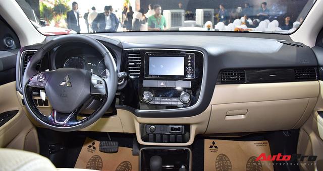 Chi tiết Mitsubishi Outlander lắp ráp trong nước giá từ 808 triệu đồng - Ảnh 4.