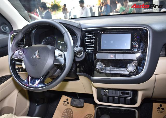 Chi tiết Mitsubishi Outlander lắp ráp trong nước giá từ 808 triệu đồng - Ảnh 13.
