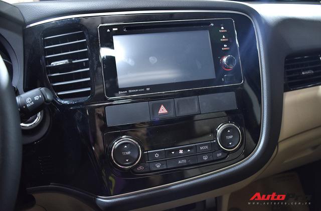 Chi tiết Mitsubishi Outlander lắp ráp trong nước giá từ 808 triệu đồng - Ảnh 14.