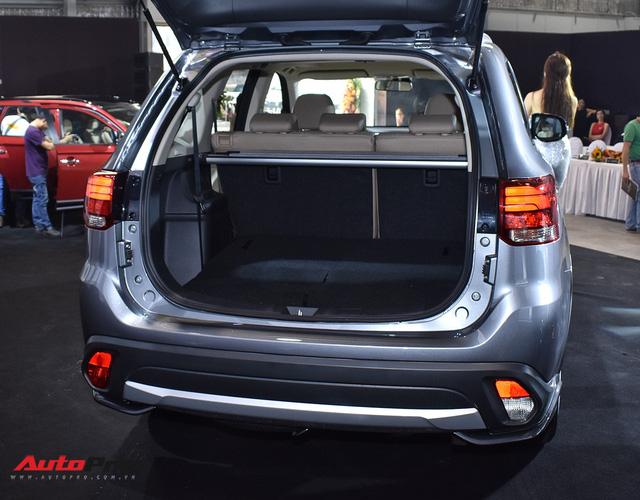 Chi tiết Mitsubishi Outlander lắp ráp trong nước giá từ 808 triệu đồng - Ảnh 16.