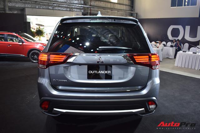 Chi tiết Mitsubishi Outlander lắp ráp trong nước giá từ 808 triệu đồng - Ảnh 5.