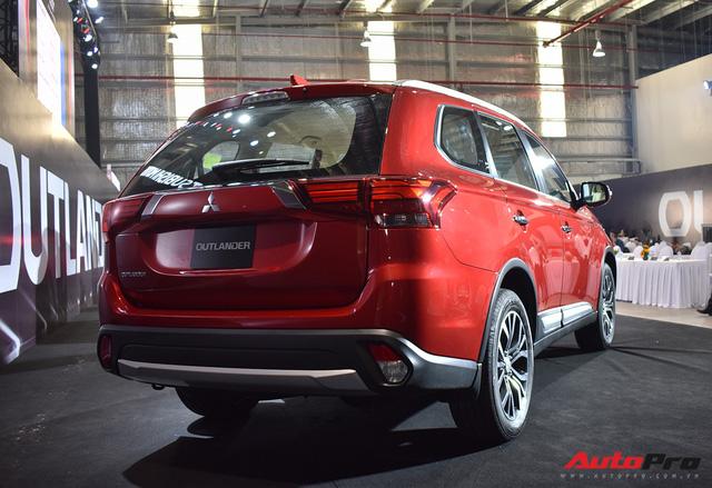 Chi tiết Mitsubishi Outlander lắp ráp trong nước giá từ 808 triệu đồng - Ảnh 10.