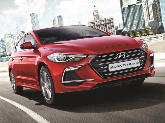 Năm mới, Hyundai Elantra động cơ tăng áp về Việt Nam với giá 688 triệu đồng? - Ảnh 3.