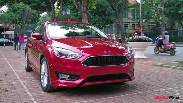 Ford Focus ngang giá Toyota Vios nhưng khó tìm người mua - Ảnh 4.