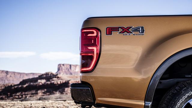 Ford Ranger mới ra mắt với động cơ EcoBoost và hộp số tự động 10 cấp - Ảnh 7.
