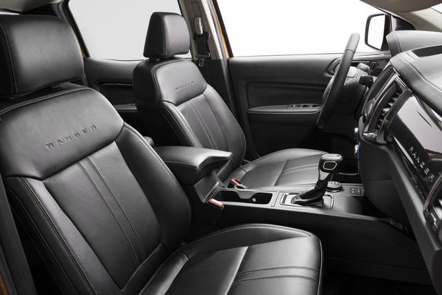 Ford Ranger mới ra mắt với động cơ EcoBoost và hộp số tự động 10 cấp - Ảnh 8.