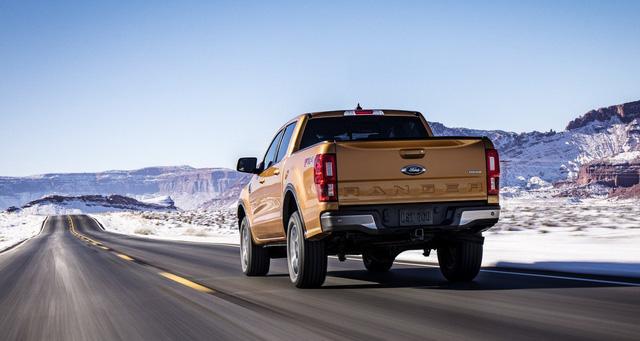 Ford Ranger mới ra mắt với động cơ EcoBoost và hộp số tự động 10 cấp - Ảnh 1.