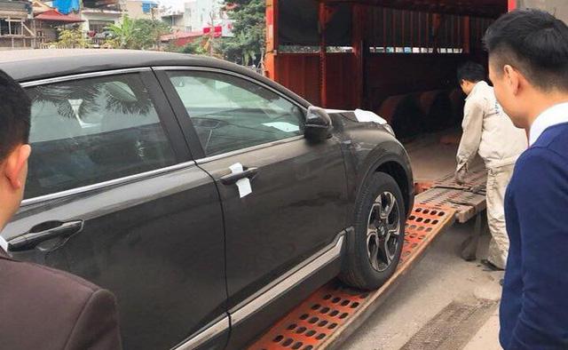 Giá xe Honda CR-V 2018 cao hơn dự kiến: Người trong cuộc nói gì? - Ảnh 4.