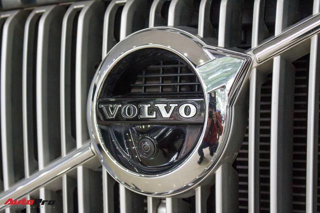 Volvo XC90 T6 lăn bánh hơn 27.000km được rao bán lại giá 3,1 tỷ đồng - Ảnh 6.