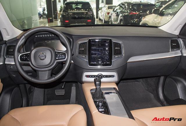 Volvo XC90 T6 lăn bánh hơn 27.000km được rao bán lại giá 3,1 tỷ đồng - Ảnh 14.
