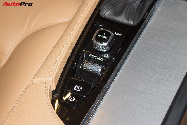 Volvo XC90 T6 lăn bánh hơn 27.000km được rao bán lại giá 3,1 tỷ đồng - Ảnh 18.