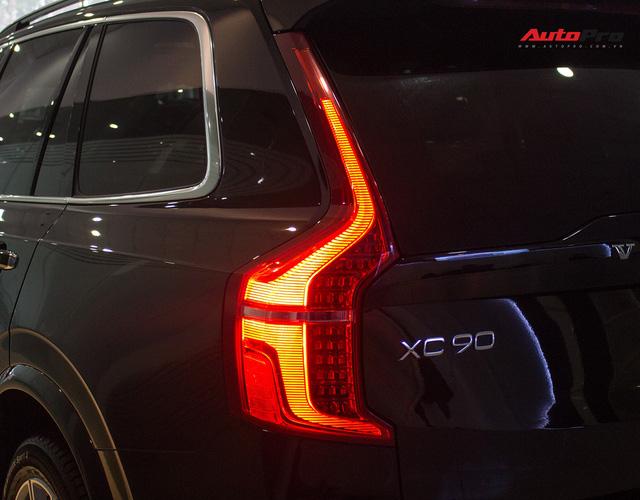 Volvo XC90 T6 lăn bánh hơn 27.000km được rao bán lại giá 3,1 tỷ đồng - Ảnh 12.