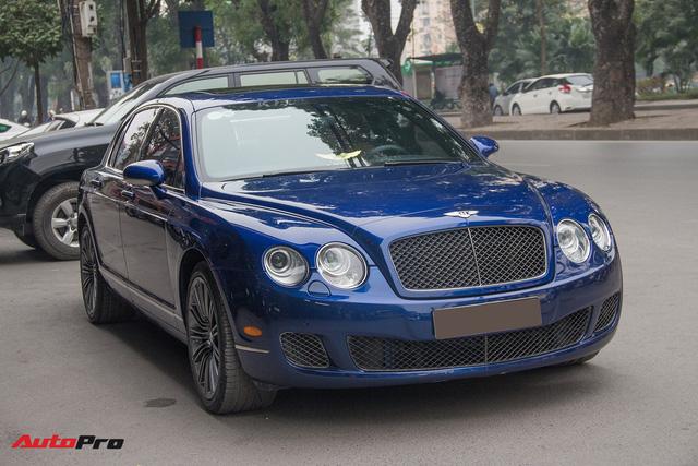 Bentley Continental Flying Spur Speed đi 10 năm bán lại chỉ 2,85 tỷ đồng - Ảnh 1.