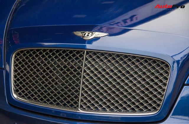 Bentley Continental Flying Spur Speed đi 10 năm bán lại chỉ 2,85 tỷ đồng - Ảnh 3.